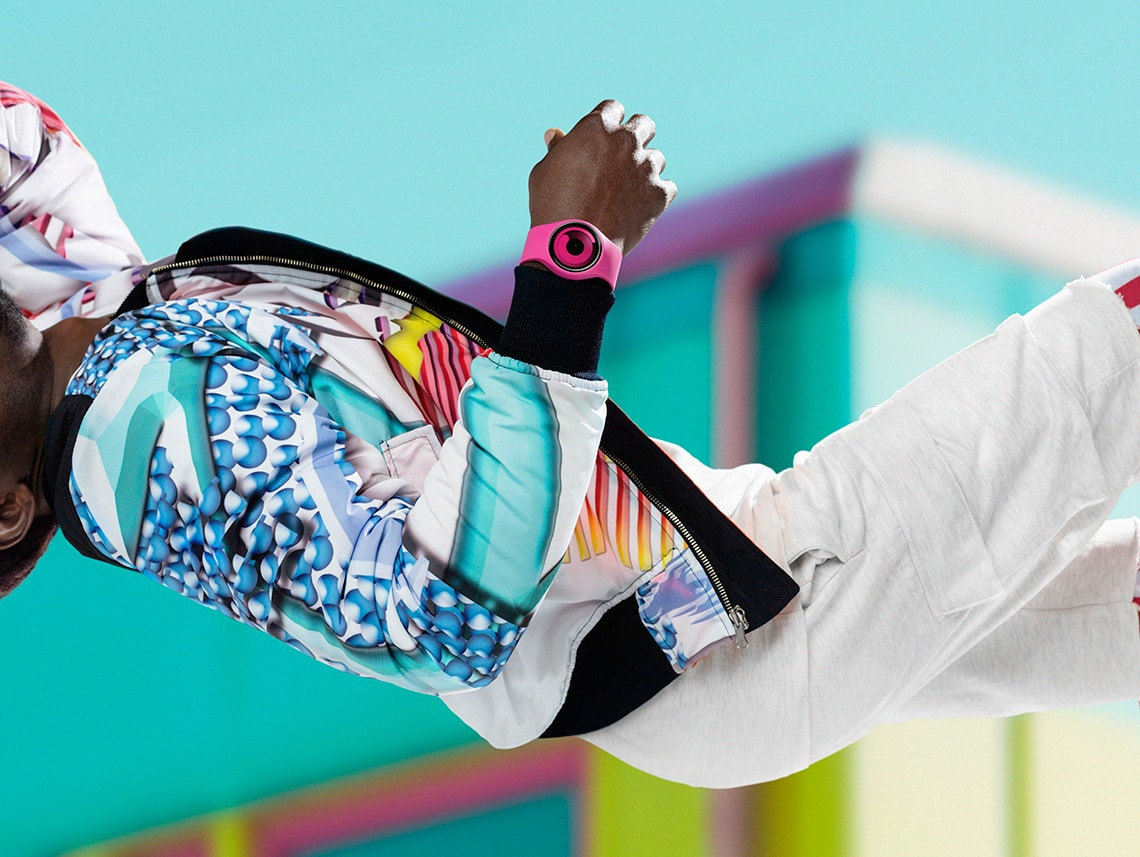 ZIIIRO Gravity Watch Colorful Outfit